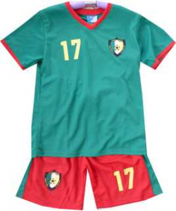 Ensemble foot Cameroun
