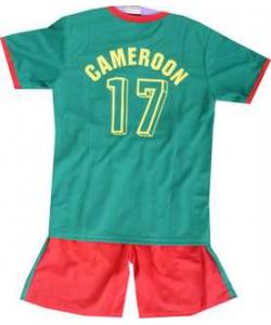Ensemble foot Cameroun